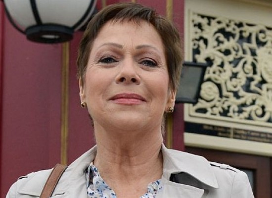 Former Corrie actress and Loose Woman Denise Welch to appear in EastEnders