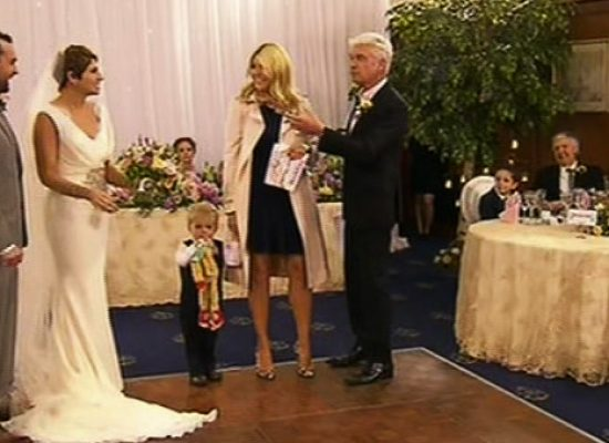This Morning broadcast their first 'live wedding'
