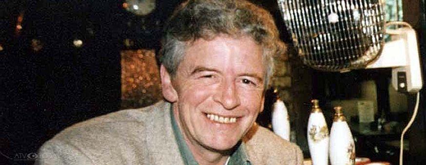 The archers actor alan devereux dies aged 75 atv today for The devereux
