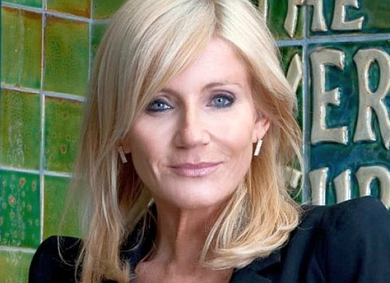 "Michelle Collins was ""deeply upset"" over Corrie criticism"