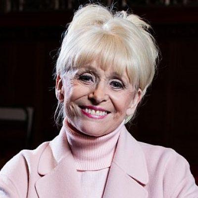 EastEnders stars to run marathon for Barbara Windsor
