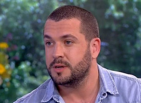 Corrie star Shayne Ward talks love triangle storyline