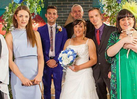 Hollyoaks fans 'marry' on set