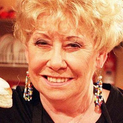 Coronation Street cast members pay tribute to Liz Dawn