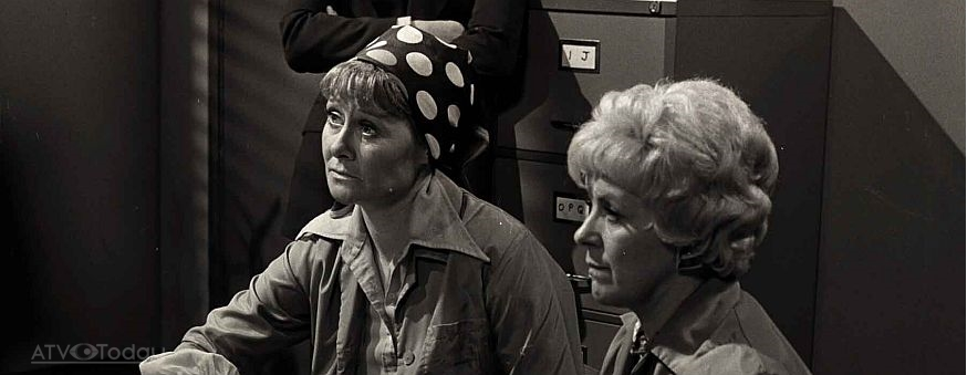 Liz Dawn S Funeral To Be Held On Friday Atv Today