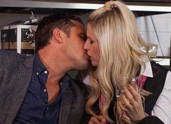 Hollyoaks Tony kisses ex-wife Mandy
