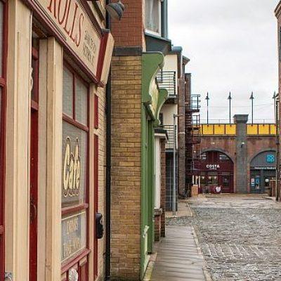 Coronation Street unveils Victoria Street set expansion
