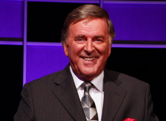Stars pay tribute to broadcasting legend Sir Terry Wogan