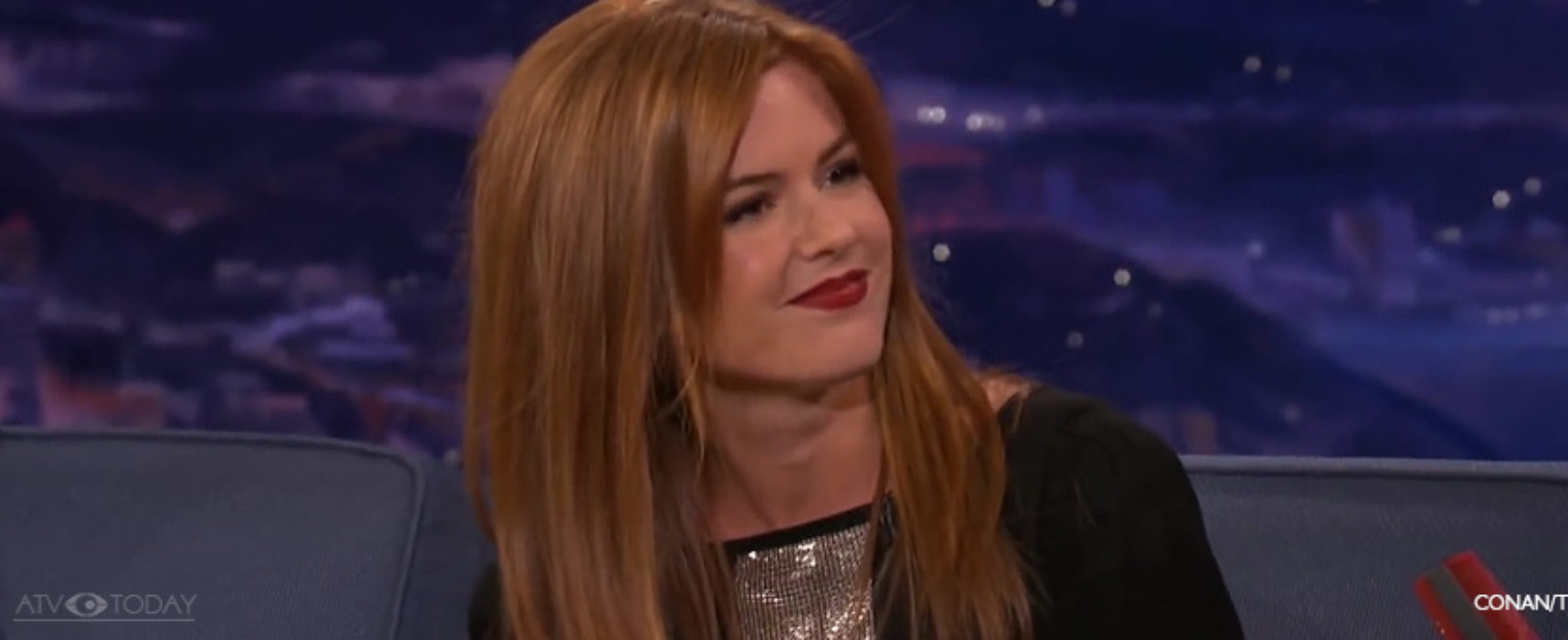 Australian actress Isla Fisher to write fiction novels for youngsters