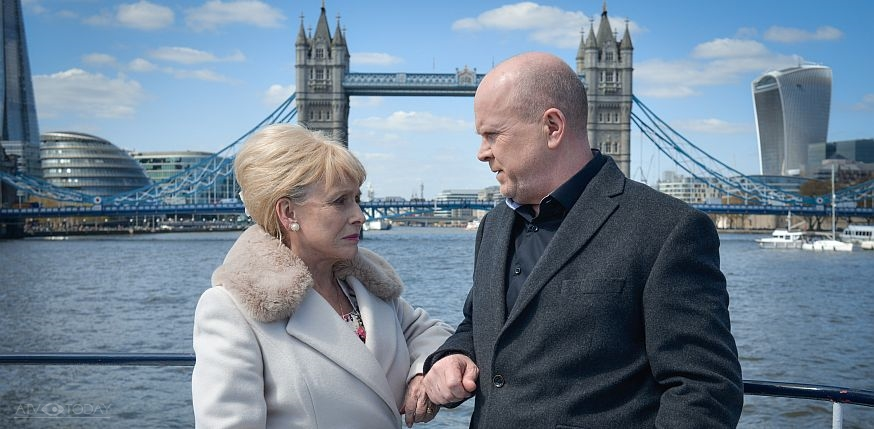 EastEnders - Peggy and Phil on the Thames