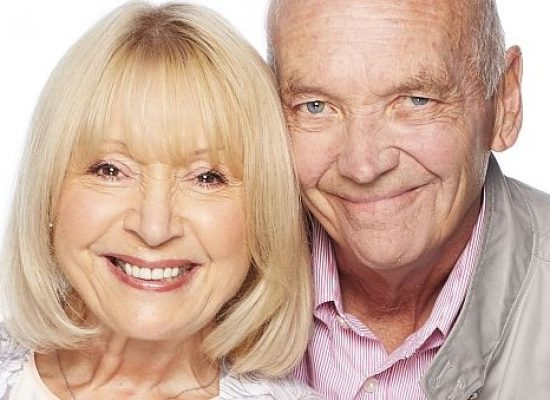 EastEnders characters, Les and Pam, written out