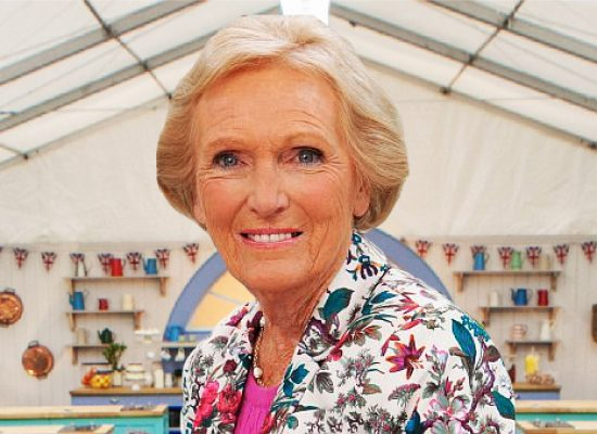Mary Berry cooks up beeb series around 'Great Houses'