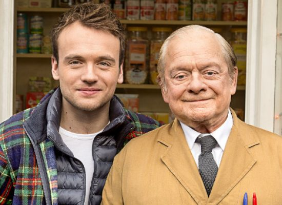 David Jason to remain Open All Hours