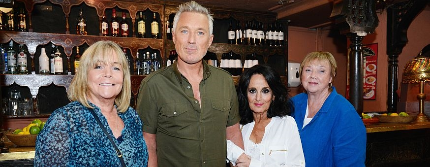 birds-of-a-feather-christmas-special-with-martin-kemp-1