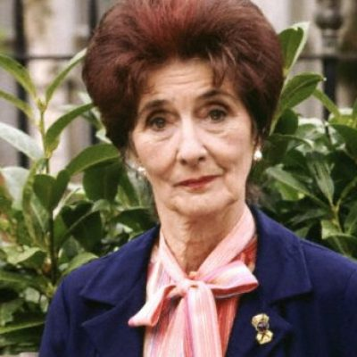 June Brown quits EastEnders