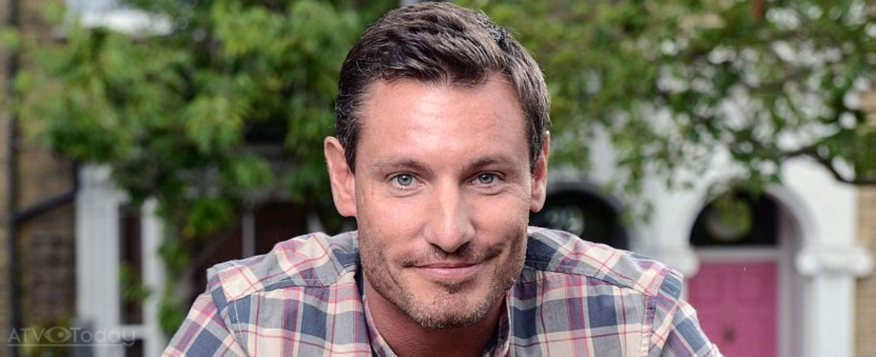TV Weekly: Dean Gaffney and his little chipolata