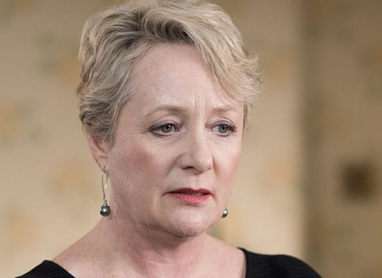 Goodnight Sweetheart star Michelle Holmes to appear in Hollyoaks