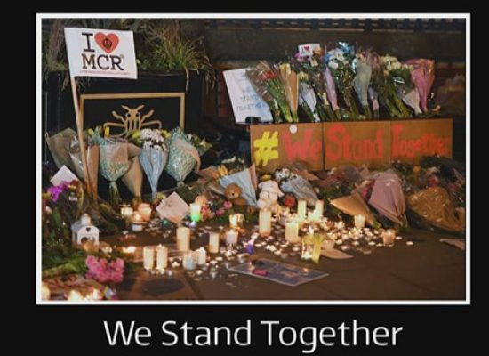 Coronation Street airs tribute to Manchester bomb victims