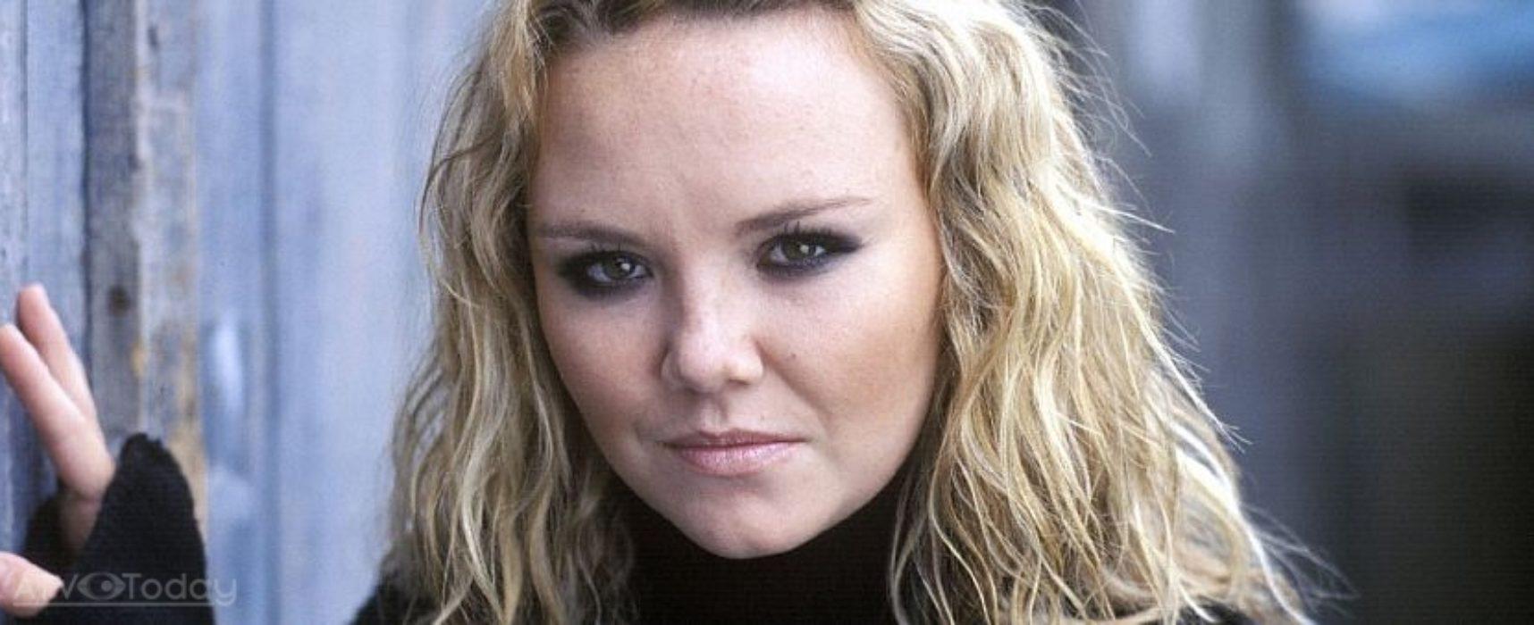 Bad girl Janine to return to EastEnders