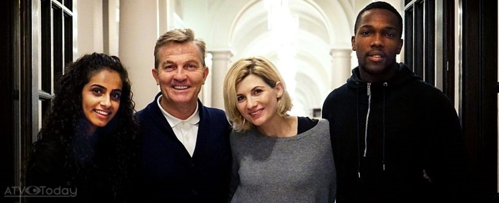 Bradley Walsh, Mandip Gill and Tosin Cole to play companions in Doctor Who