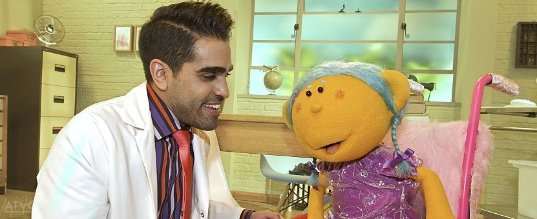 Dr Ranj Singh crowned nation's hottest kids TV presenter for second year
