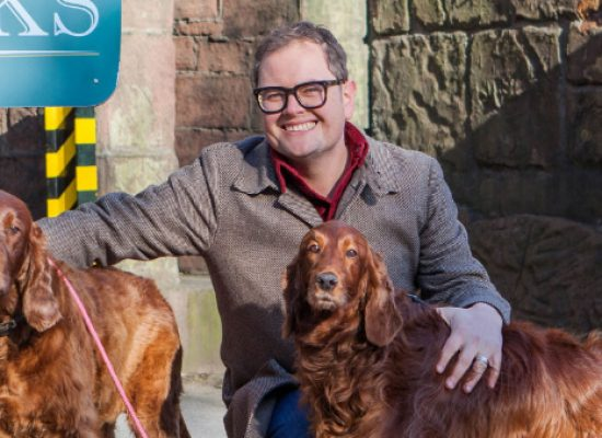 Comedian Alan Carr makes Hollyoaks cameo appearance