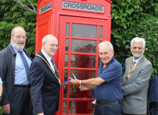 Crossroads star Tony Adams opens soaps' charity 'telephone box'