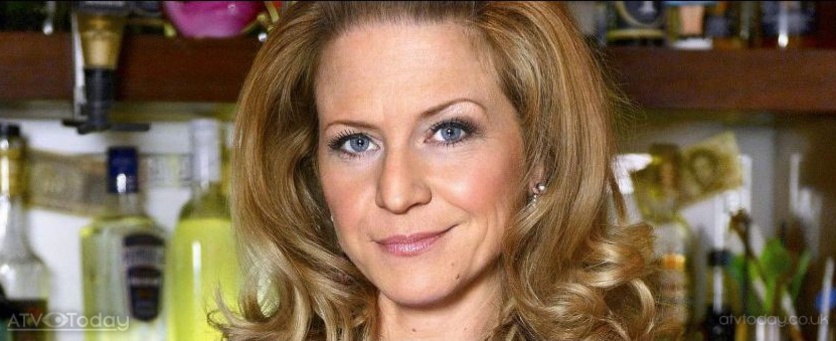 EastEnders to explore alcoholism with Linda Carter